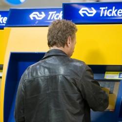 om te betalen voor een treinkaartje